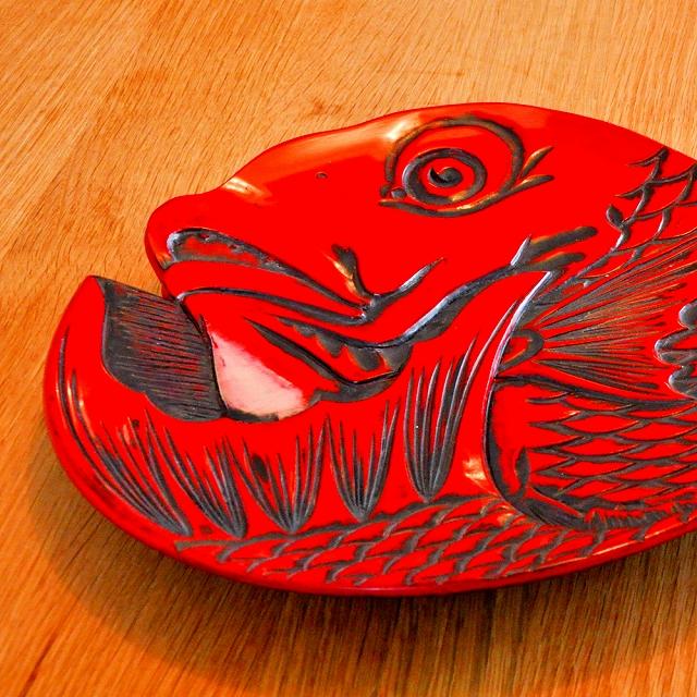 高岡銅器、高岡漆器が国より伝統的工芸品の産地指定